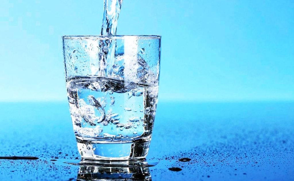 Почему полезно пить воду